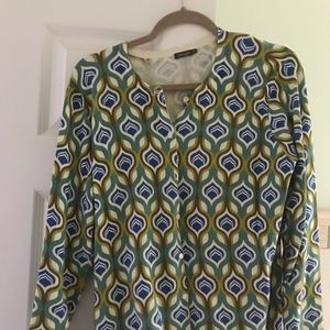 Trendy J McLaughlin XL sweater, button up